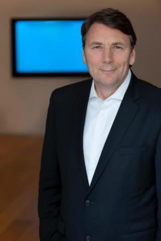 David Thodey, Chair of the APS Review Panel